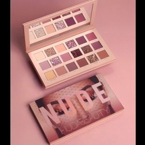 HUDA BEAUTY Makeup - Palette